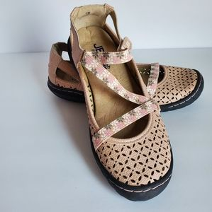 JBU by Jambu Karen Sandals, Size 6